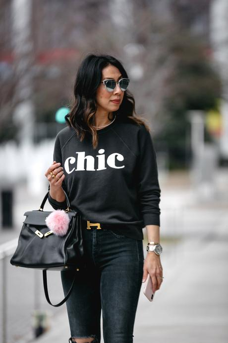 Chic at Every Age // CHIC Sweatshirt