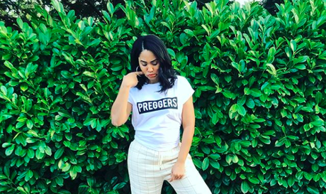#StephFor3 Ayesha Curry Is Pregnant With Baby No. 3