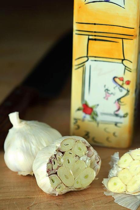 How to Make Perfectly Roasted Garlic in the Oven or Instant Pot