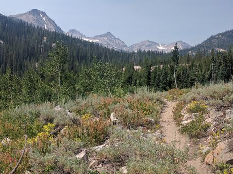 Running and Backacking in the Sawtooths: 120 Miles of Bliss