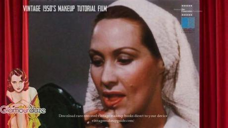 16-vintage-1950s-makeup-tutorial-lipstick