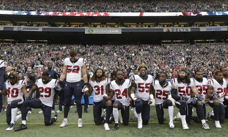 kneeling protest to US National anthem ~ Pizza Papa John ends sponsorship of NFL