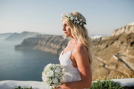 Bridal Hair style for your Santorini wedding