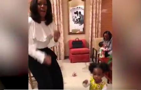 Michelle Obama Meets Little Girl Who Gazed At Her Official Portrait