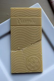 plamil so free white chocolate