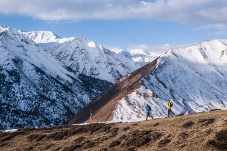 Two Ultra Runners Attempting FKT on Great Himalayan Trail