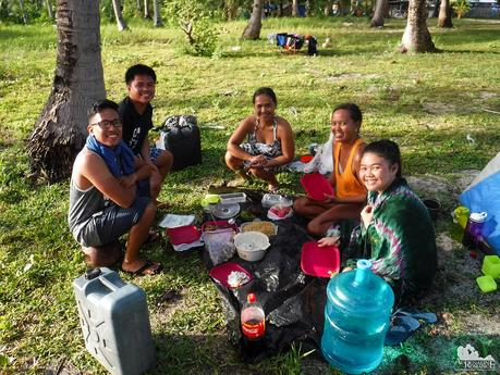 Breakfast at Digyo Island