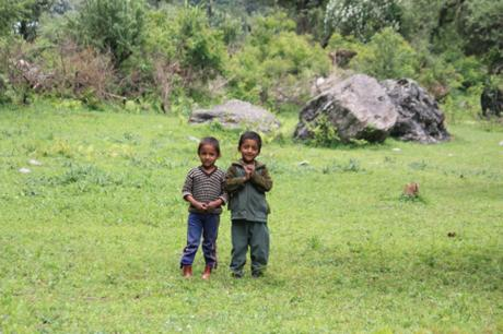 DAILY PHOTO: Curious Kids of Himachal Pradesh