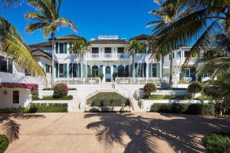 Tiger Woods Ex Wife Elin Nordegren Selling Mansion For $49.5 Million