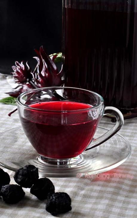 Roselle Plum Tea 乌梅洛神花茶 (2)