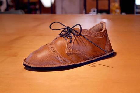diy-hand-tooled-leather-shoe
