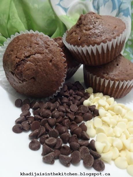 MUFFINS AU CHOCOLAT / CHOCOLATE MUFFINS / MUFFINS CON CHOCOLATE /مافن بالشوكولاتة