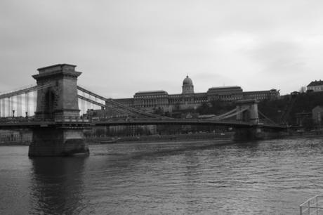 DAILY PHOTO: Chain Bridge, Two Ways