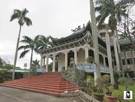 Lon Wa Buddhist Temple in Davao | Blushing Geek