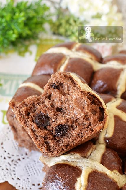 super soft chocolate hot cross buns