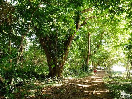 Hiking around Canigao Island