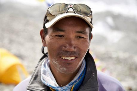Himalaya Spring 2018: A Pair of Sherpas Eye New Summit Records on Everest