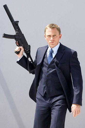 Daniel Craig as 007: Navy Striped Suit, Part 1