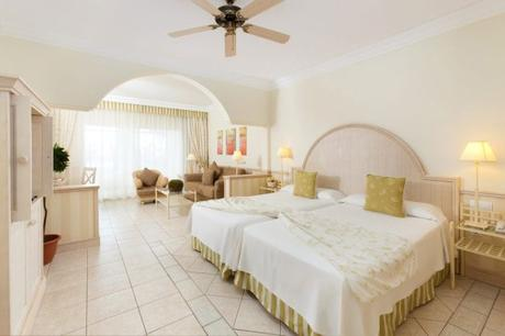 Make Your Holidays In Lanzarote Wonderful With Dream Place Hotels!