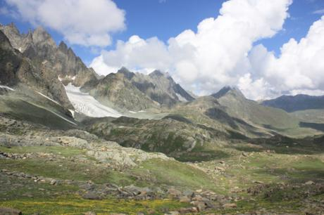 DAILY PHOTO: Mountains with a Splash of Yellow