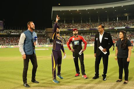 interesting IPL ~ team compositions, tosses, probabilities and fumbles !!