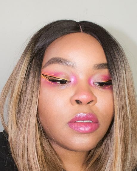 pink-and-yellow-festival-eye-makeup-02.jpg