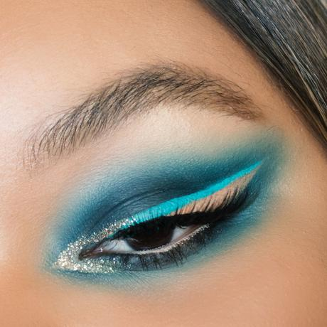 abh-subculture-graphic-blue-festival-eye-makeup