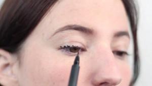 liquid eyeliner tutorial 2