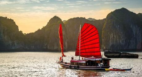 Halong Bay or Mekong Delta:: Cruising the bay