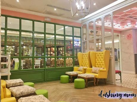 An organic nail salon | French Tips Eco Chic Nail Salon