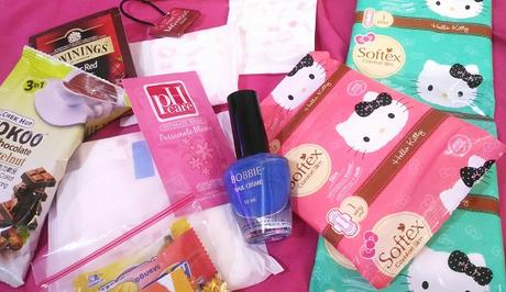 April box Happy Days Club Philippines