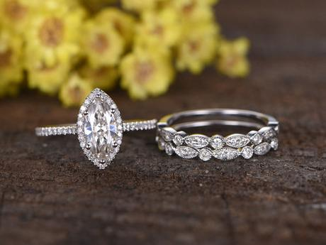 Best Way To Select Classic-fashioned Gemstone Diamond Engagement Ring