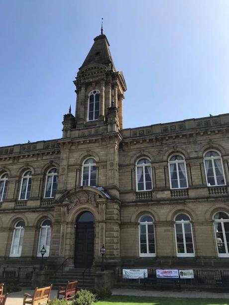 Victoria Hall, (originally the Saltaire Institute)
