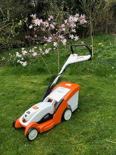 Product Review:  Stihl RMA 339c Lawn Mower