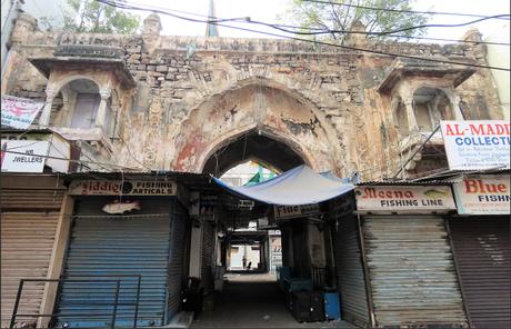 Hyderabad Beyond the Charminar, Pearls and Biryani : an