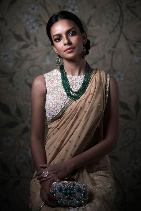 monocolor saree look