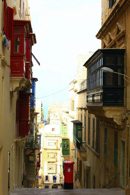 Views From Valletta Tanvii.com