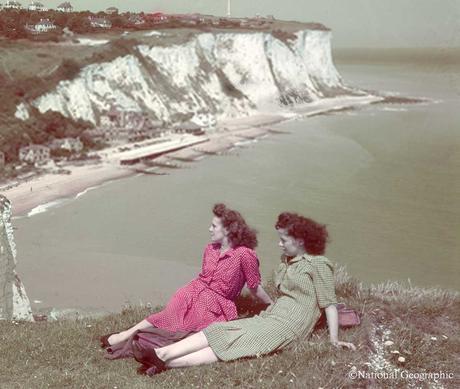 1940s-wartime-women---Cliffs-of-Dover---B-Anthony-Stewart