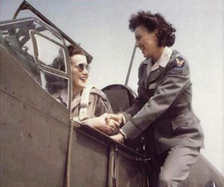 WASP-Pilots-Florene-Watson-and-Barbara-London