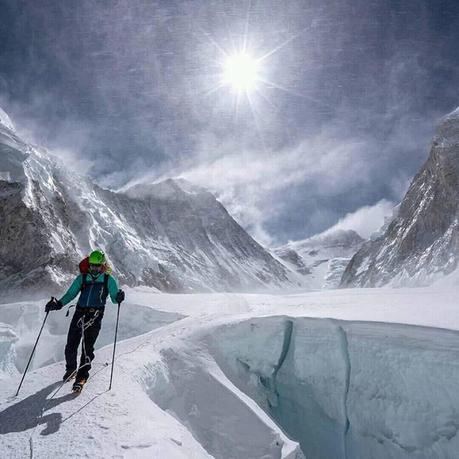 Himalaya Spring 2018: Last Teams Head to Summit, Others Cancel, and Further Information on the Hillary Step