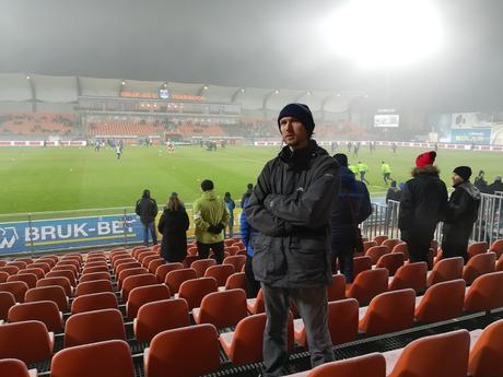 Śmieszne Historie o Piłce Nożnej w Polsce: Gdańsk to Host 2020 Europa League Final!!