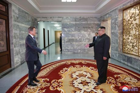 KJU Holds Second Meeting with Moon