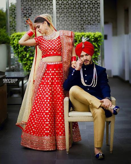 Indian Wedding Photography Ideas: Indian Wedding Photography: Bride And Groom Pose