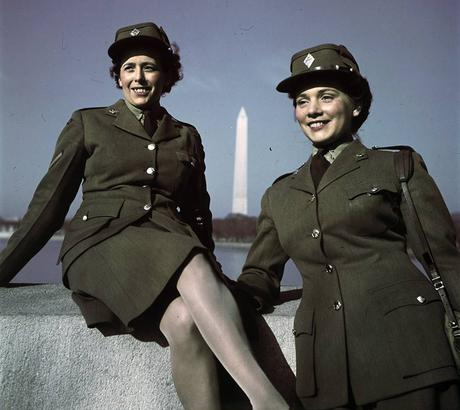 1940s-WW2-Women-of-Canada-cwacs-in-washington