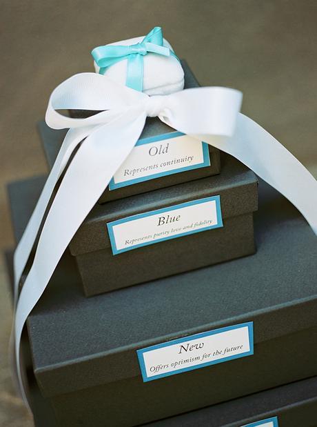 chic stylish soft tones wedding decoration ideas-36