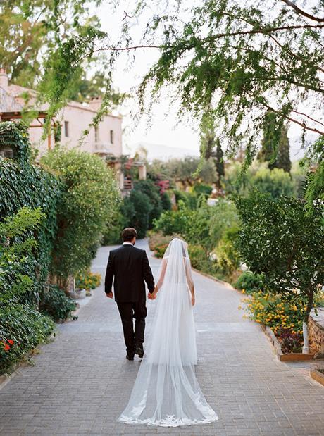 chic stylish soft tones wedding decoration ideas-39