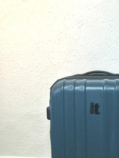 My Travel Checklist - Hand Luggage Edition