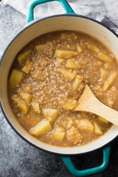 Time Saving Breakfast Ideas; pot of steel cut oats