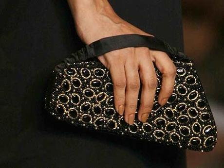 4 Must Have Fashion Accessories To Lift Up Your Style Quotient