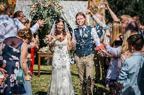 rustic-romantic-cyprus-wedding-_25